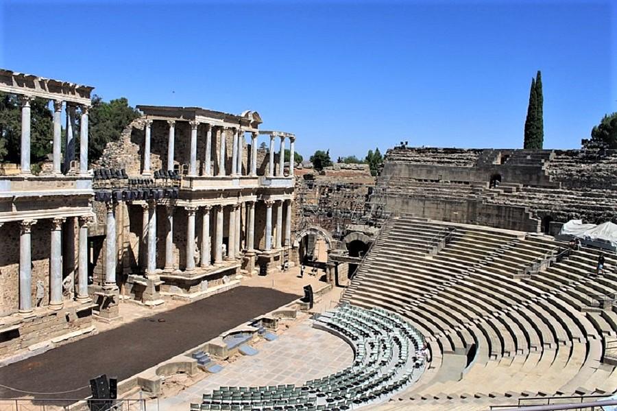 Theater und Amphitheater von Mérida